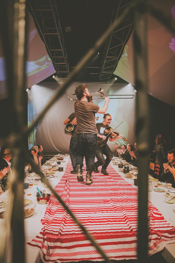 PLAYING INSTRUMENTS ON TABLE COUNTING SHEEP REVOLUTION A GUERRILLA FOLK OPERA FREEDOM FESTIVAL 2017